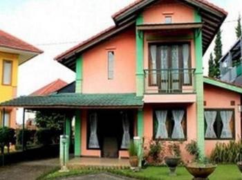 Villa I - 7 Istana Bunga - Lembang Bandung