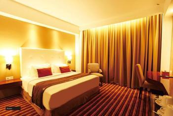 Hotel Royal Asnof Pekanbaru - Deluxe Double Room Only Regular Plan