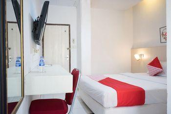 OYO 1253 Hotel Wisata Jambi - Standard Double Room Regular Plan
