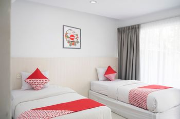 OYO 1253 Hotel Wisata Jambi - Suite Twin Regular Plan