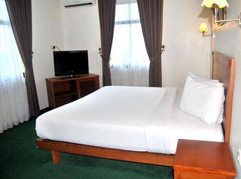 Hotel Bumi Asih Pangkalpinang - Kamar Superior Regular Plan