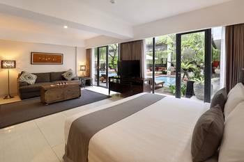 Hotel Neo+ Kuta Legian by ASTON Bali - Suite Room Regular Plan