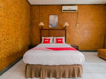 OYO 1924 Hotel Rafflesia Sukabumi - Deluxe Double Room Promotion