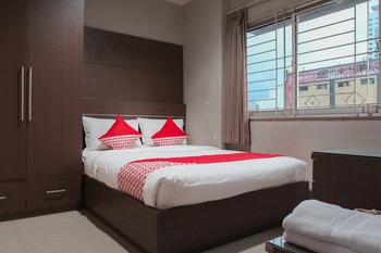 OYO 383 Env Residence Jakarta - Standard Double Room Regular Plan