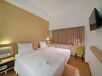 Whiz Prime Megamas Manado - Whiz Twin Room Only Regular Plan