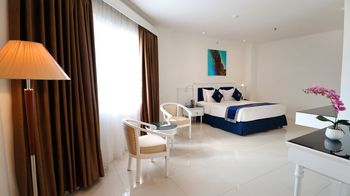 Vue Palace Hotel Bandung - Suite Room Only Basic Deal 50%