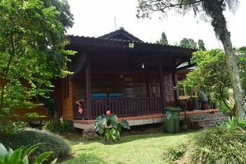 Bogor Tenjolaya Park Bogor - Villa Papandayan Regular Plan