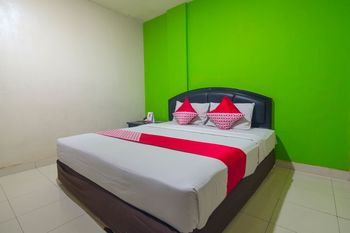 Capital O 988 Hotel Kapuas Dharma 2 Pontianak - Standard Double Room Regular Plan