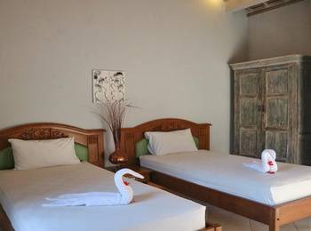 Louto Dmell Bali - Standard Twin Bedroom Eve deal