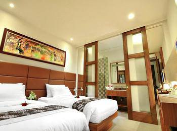 Alron Hotel Kuta - Family Room Only  Basic Deal