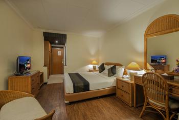 eL Hotel Kartika Wijaya Batu - Moderate Room Regular Plan