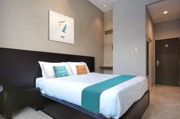 Sans Hotel Empress Simpang Lima Semarang - Superior Room 2N Minimum Stay Promo