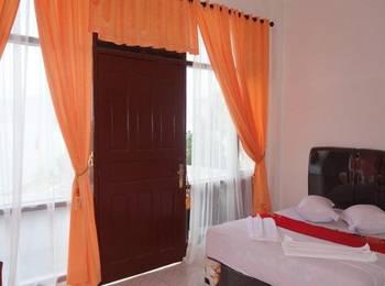 Hotel Ambaroba Resort Samosir - VIP room Regular Plan