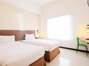 Tree Hotel Makassar - Studio 19 Twin Regular Plan