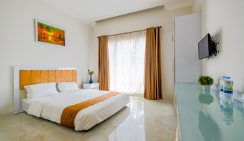 Royal Homy Syariah Yogyakarta - Suite Room Only Regular Plan