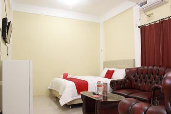 RedDoorz @ Cisaga Ciamis - RedDoorz Suite Room Regular Plan