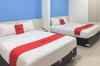 RedDoorz Plus @ Panorama Villa Batu Malang - RedDoorz Family Room Regular Plan