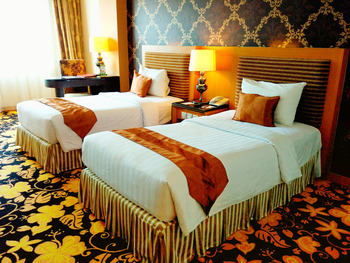 Grand Rocky Hotel Bukittinggi - Deluxe Twin Room Only Regular Plan