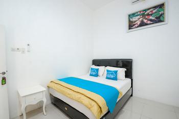 Airy Eco Syariah UNESA Ketintang Madya 151 Surabaya - Superior Double Room Only Regular Plan