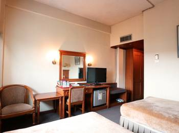 Hotel Melawai Jakarta - Standard Twin Room Breakfast Included super sale