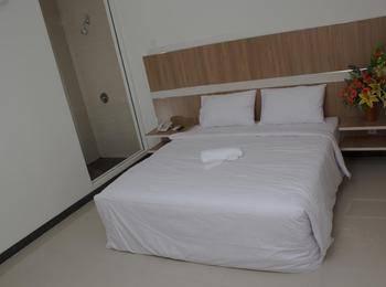 Hotel Sakura Manado Manado - Deluxe Room Regular Plan