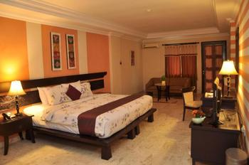 Royal Tretes View Pasuruan - Royal Suite Room Only Special Deals