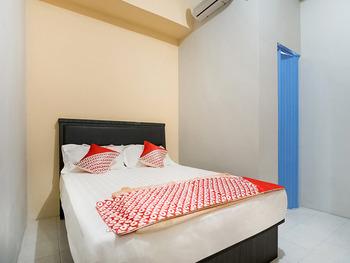OYO 3212 Coffee Jodoh Homestay Batam - Standard Double Room Regular Plan