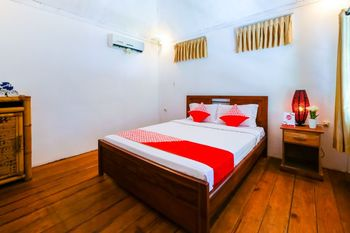 OYO 1127 Orong Villages Bungalows and Beach Restaurant Lombok - Standard Double Room Regular Plan