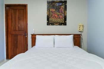 Cempaka Putih Guest House Bali - Deluxe Room Room Only Free Cancelation Min Stay 2N