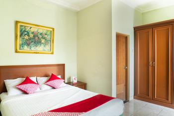 OYO 701 Ardellia Hotel Bandung - Deluxe Double Room Regular Plan