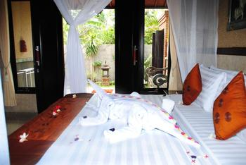 Dimpil Guest House Bali - Superior with Fan Regular Plan