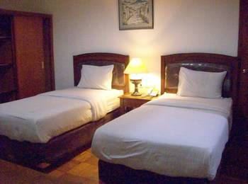 Wisma Joglo Hotel Bandung - Superior Twin Regular Plan