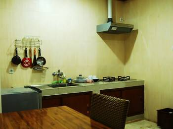Wisma Joglo Hotel Bandung - Kamar Suite Regular Plan