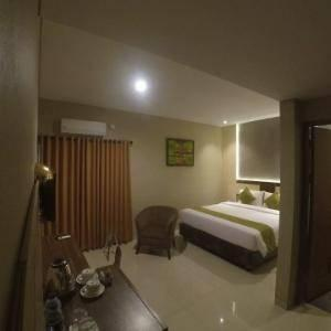DPalma Hotel Bandung - Deluxe Room With Breakfast Regular Plan