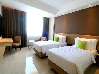 Hotel Dafam Pacific Caesar Surabaya - Deluxe Room Regular Plan