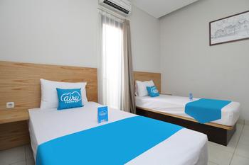 Airy Sukajadi Lemah Neundeut 9 Bandung - Deluxe Twin Room with Breakfast  Regular Plan