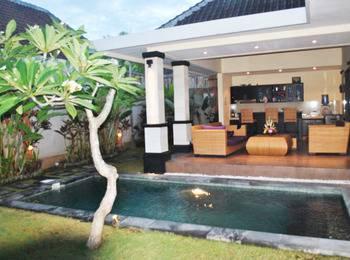 Tanjung Lima Villas