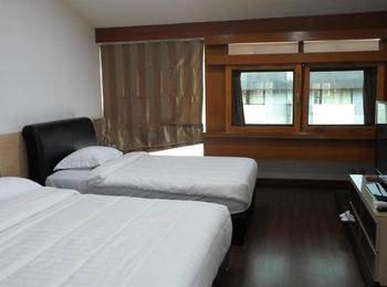 Hi Quality Guest House Bandung - 2 Bedrooms Room Only Regular Plan