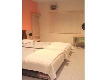 Roemah Pantes Semarang - Standard Room Regular Plan