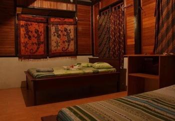Lorenso Cottage Manado - Standard Room 2 Person Regular Plan