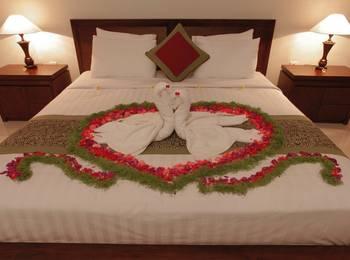Lili House Ubud Hotel Bali - Deluxe Pool View with Kitchen KETUPAT