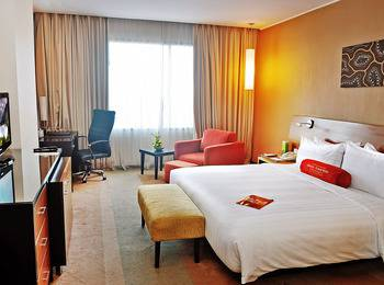 Gumaya Hotel Semarang - Tower Club Regular Plan