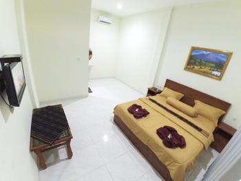 New Chez Felix Manggarai Barat - Superior Double Room Breakfast NR MS2N 30%