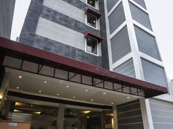 Raja Residence Hotel