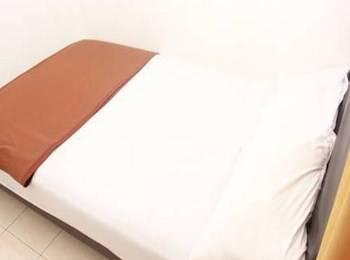 Unique Guest House Bandung - Double Superior AC Regular Plan