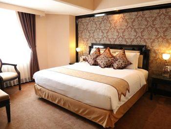 Golden Boutique Hotel Melawai - Junior Suite With Breakfast Regular Plan