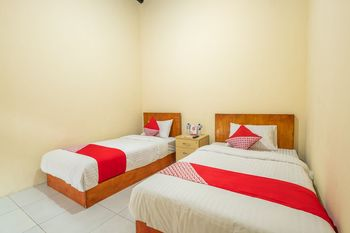 OYO 1120 Hotel Grand Liquid Karawang - Standard Twin Room Promotion