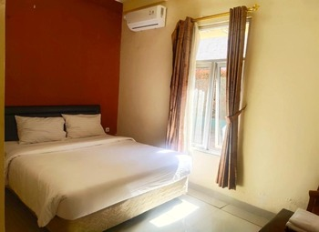 Hotel 68 Lembang Lembang - Superior Room Only NR Stay More Pay Less