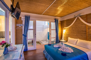 Santorini Beach Resort Lombok - Family Room Regular Plan