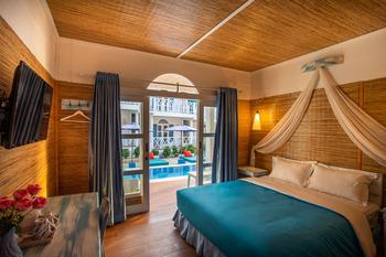 Santorini Beach Resort Lombok - Deluxe Room Pool View with Free Bike Weekdays Deal